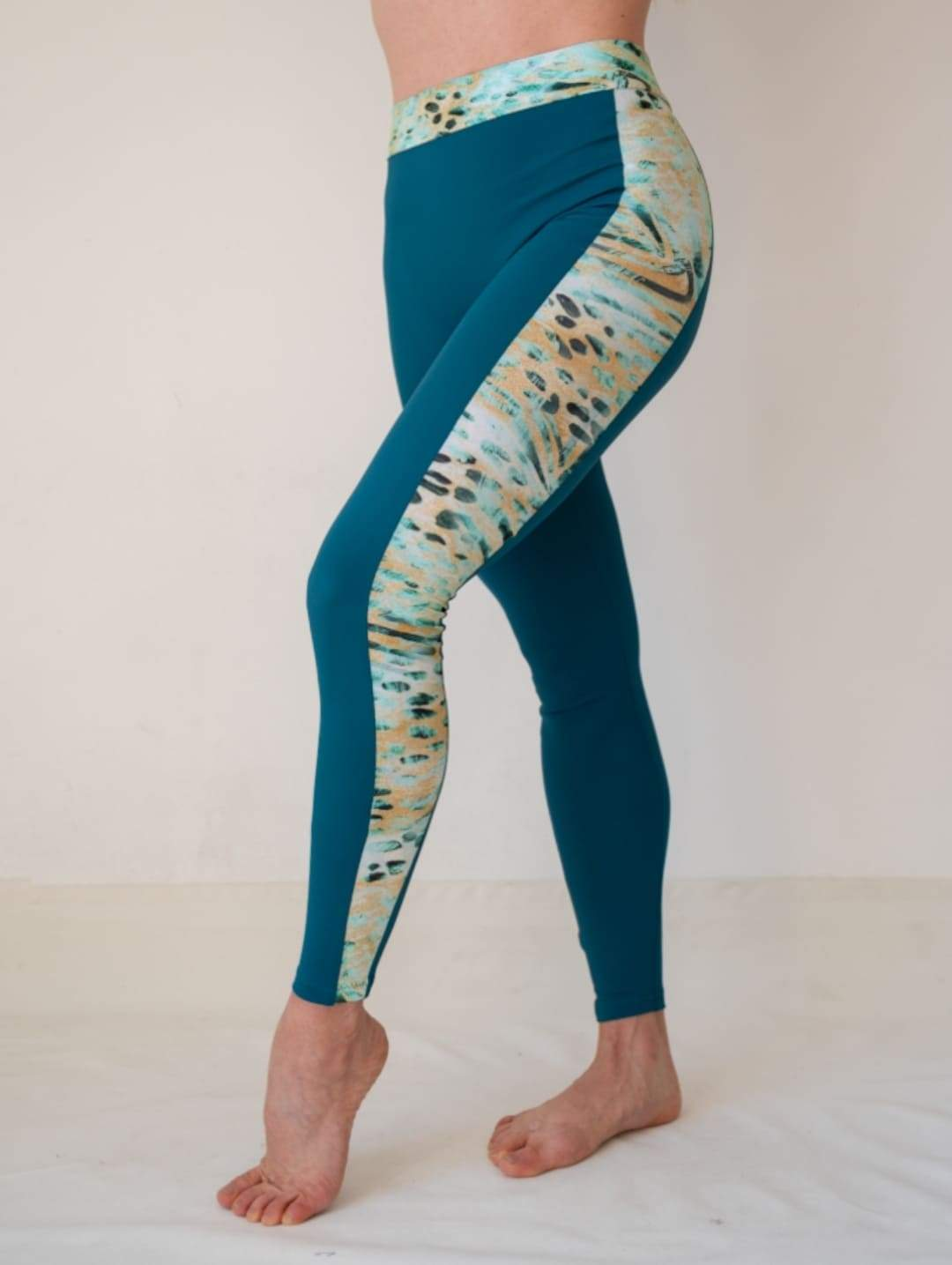 Women 7/8 High Waist Legging with Side Stripes in Petrol