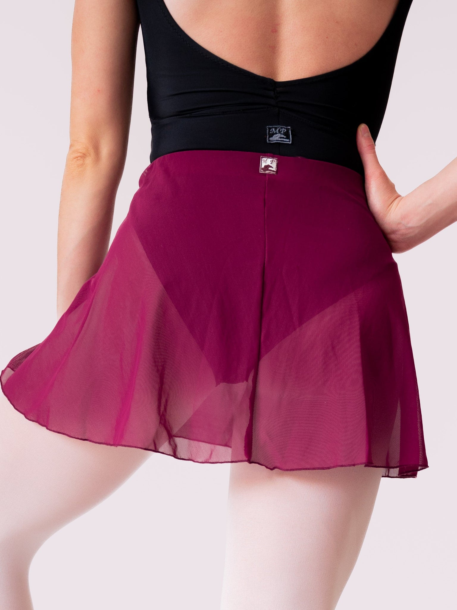 Red-purple Short Ballet Skirt for Girls and Women with Elastic Band in Mesh by Atelier della Danza MP