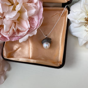 Sterling Silver Acorn Cup Pearl Necklace