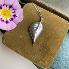 Load image into Gallery viewer, Sterling Silver Bramble Leaf Necklace
