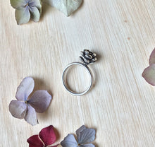 Load image into Gallery viewer, Sterling silver succulent/plant ring
