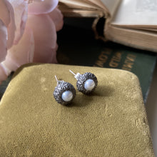 Load image into Gallery viewer, Sterling Silver Acorn Cup Stud Earrings