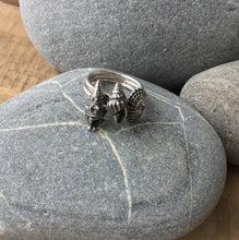 Load image into Gallery viewer, Sterling Silver Spiral Shell Ring