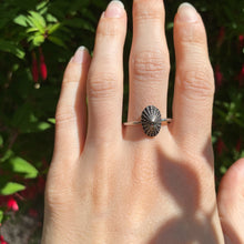 Load image into Gallery viewer, Sterling Silver Limpet Shell Ring