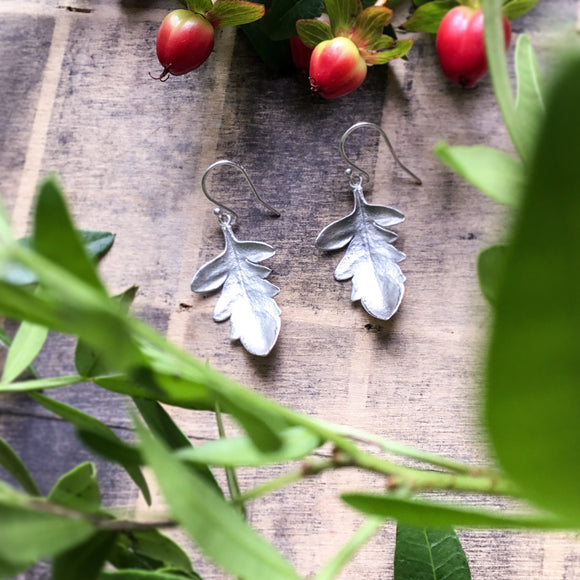 🍃NEW🍃 Sterling silver leaf drop earrings, oak leaf nature earrings