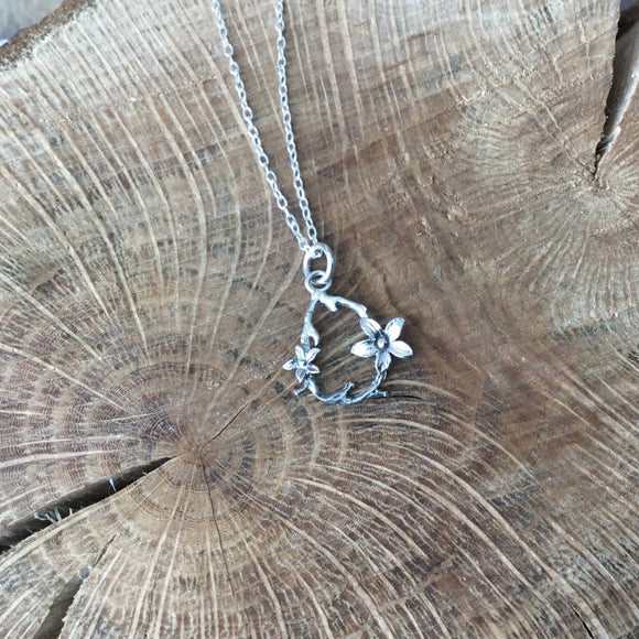 Sterling silver Tiny flower necklace