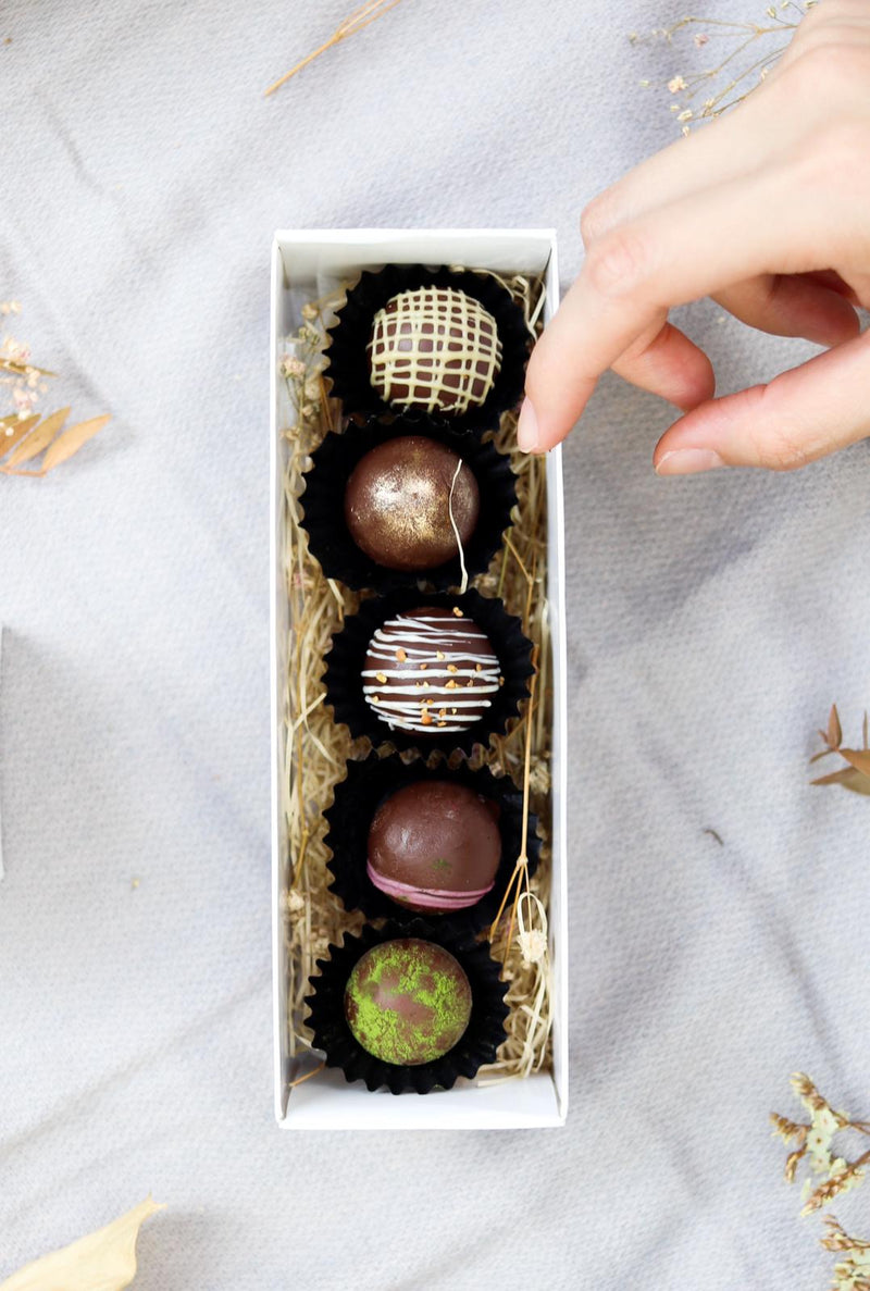 [Pre-Order] Chocolate Bonbons with Tea Ganache