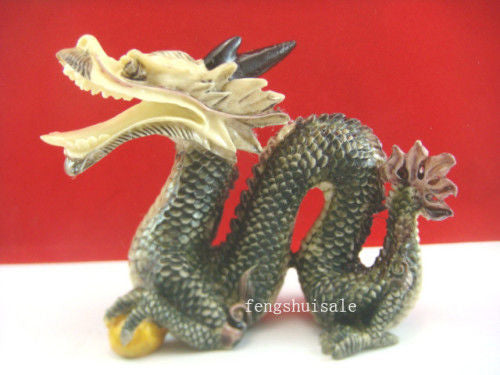 New Year Auspicious Color Feng Shui Dragon Statue Fengshui