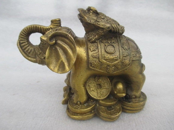 Rare Chinese manual hammer copper spittor elephant statue of peace - Lucky Mouse Chinese Gifts