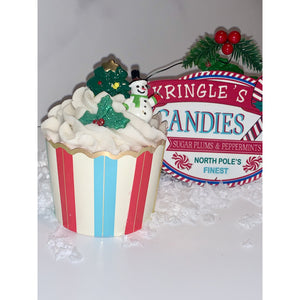 Holiday Cupcake Bath Bomb