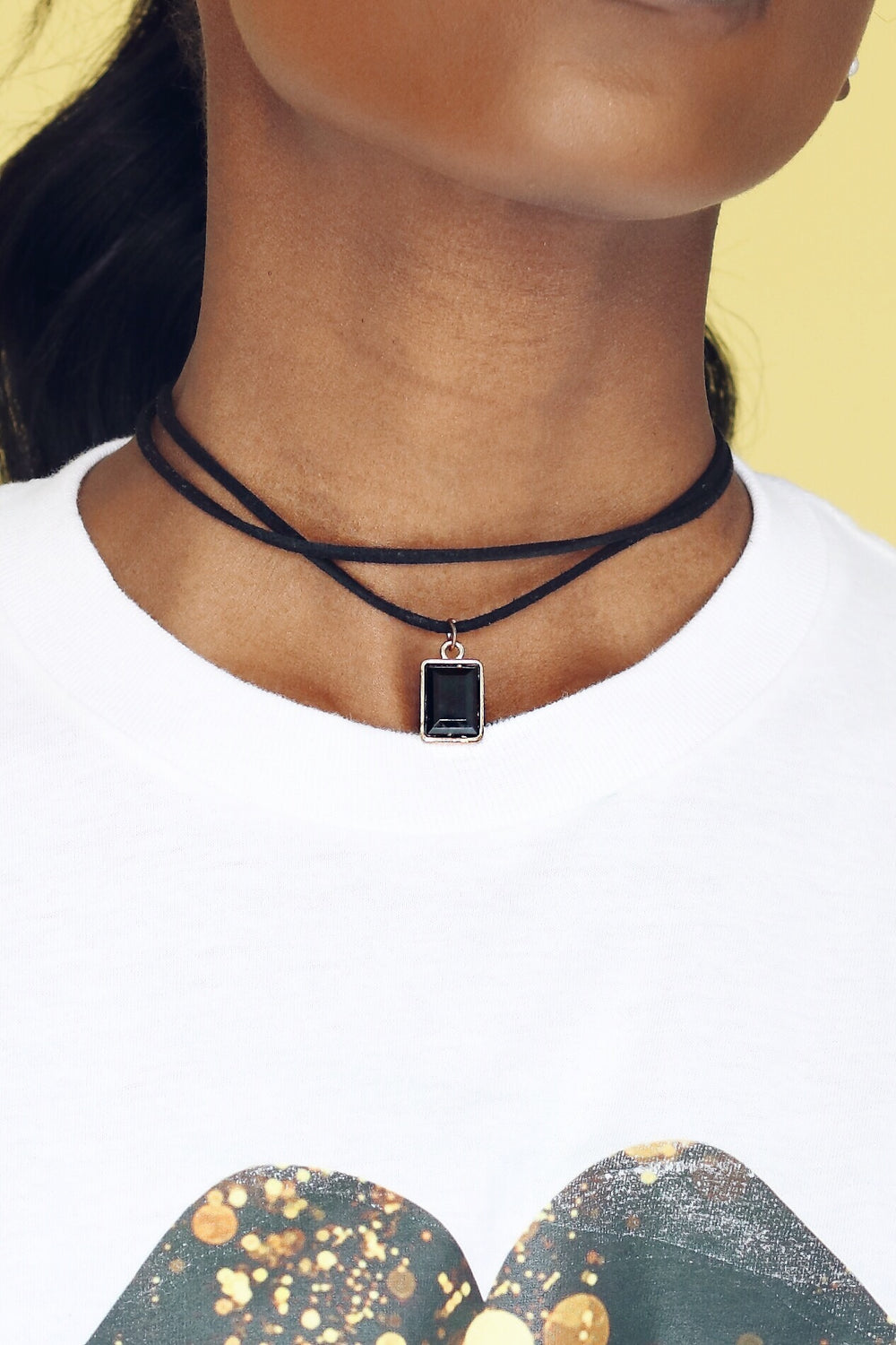 2 String Choker With Pendant