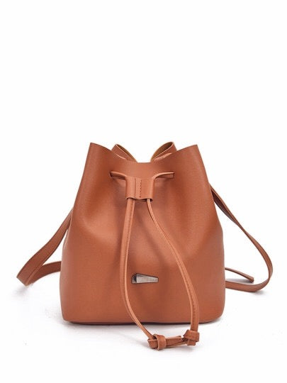 The Lia Bucket Bag