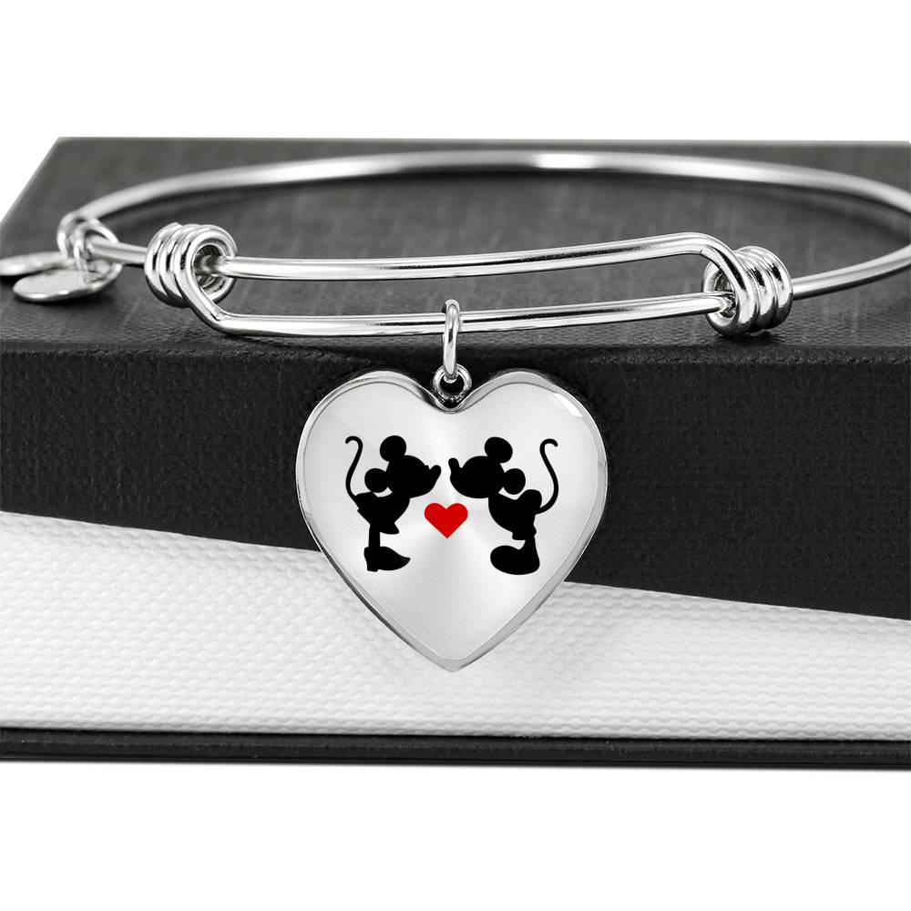 Mickey & Minnie Kissing - Heart Pendant Bangle in Steel or 18k Gold Finish