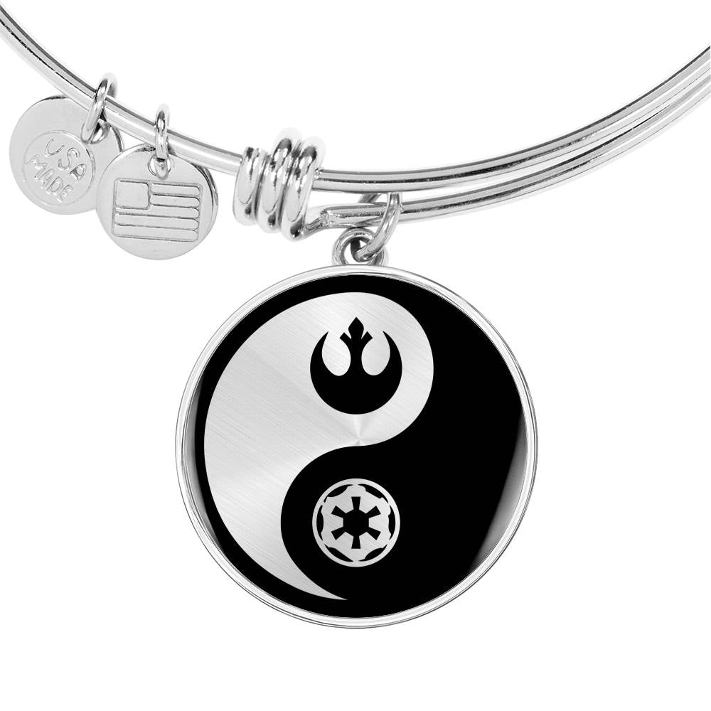Rebel & Empire Yin Yang - Circle Pendant Bangle