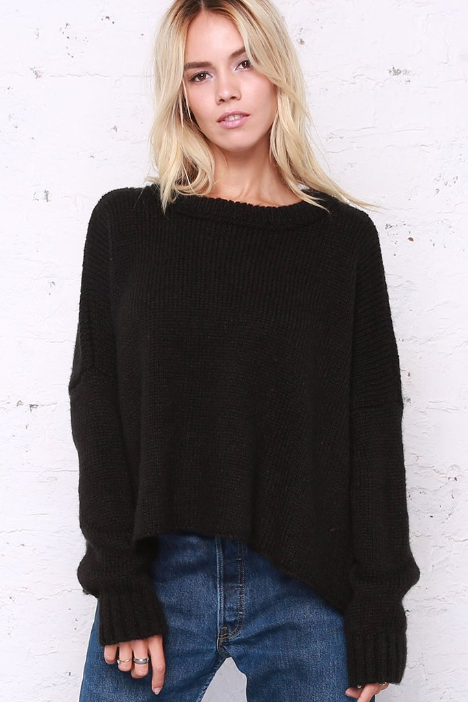 Cropped Boyfriend Crewneck- Black