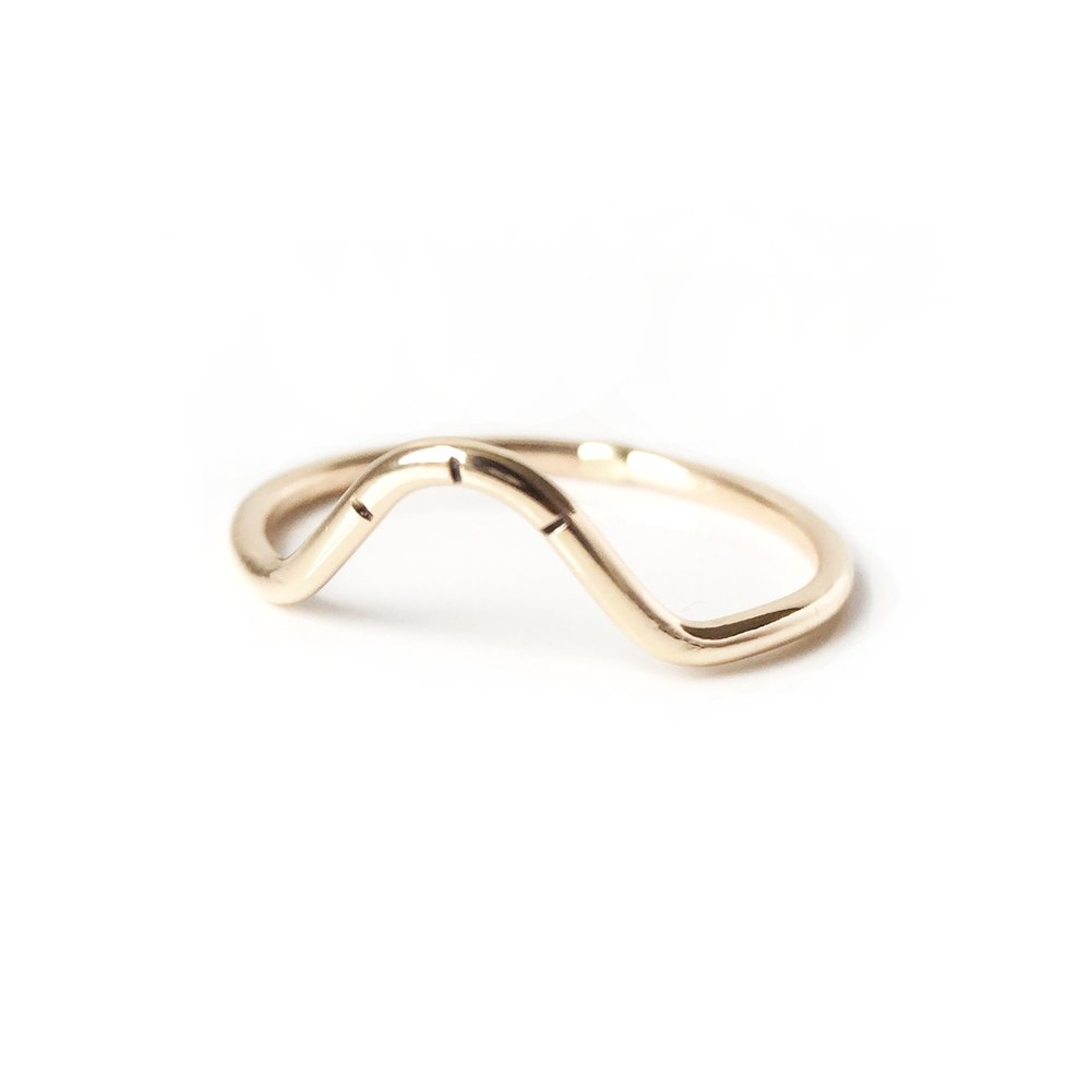 Arc Stacking Ring- Gold