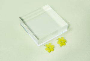 Small Daisy Earrings- Lime