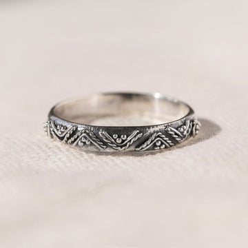 CONTEMPORARY DESIGN 925 STERLING SILVER THIN RING - SYDNEY