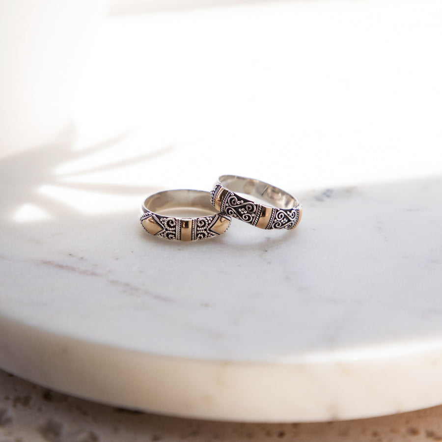 Unique Set of 2 Promise Rings in Silver and 18k Gold