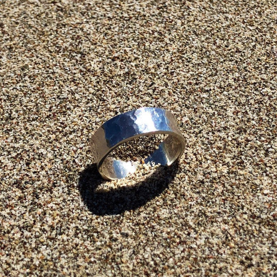 Agonda - Handmade Chunky Ring in a Silver Hammered Design