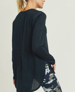 Motive Slit Top [black]