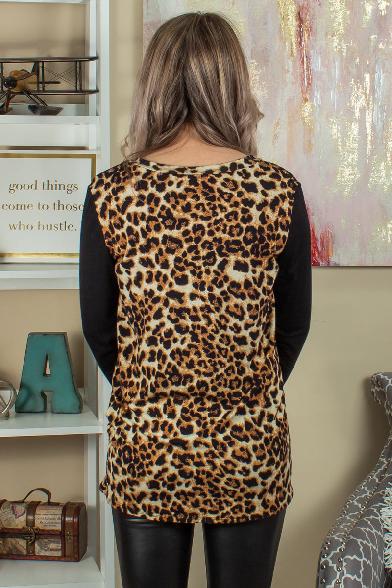 Trendy animal print blouse, Trendy leopard print top