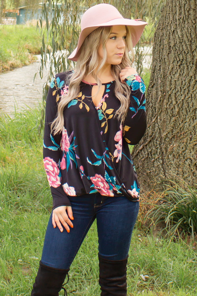 Trendy floral blouses, Trendy business casual tops