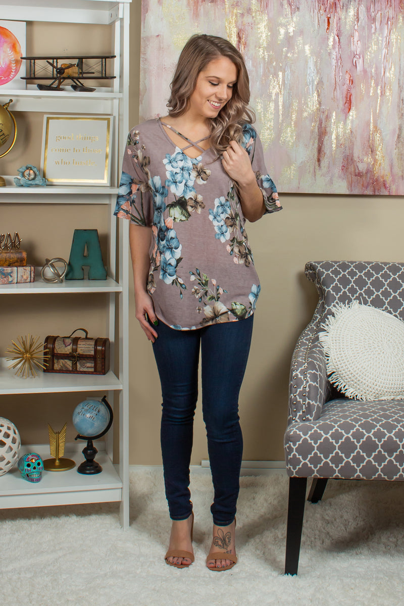 Trendy floral blouse, Trendy taupe floral top, Trendy taupe floral blouse