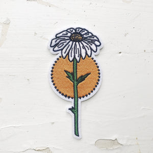 ENCHANTED DAISY PEEL N STICK PATCH
