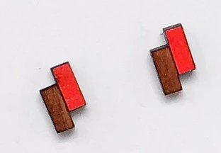 Offset Rectangle Wooden Studs - Poppy