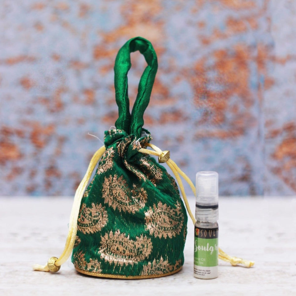 SOULFLOWER SOULGREEN AROMA POUCH WITH BOTTLE - Soulflower