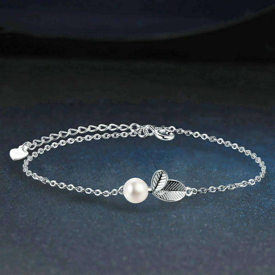 Vivid Leaves Silver Bracelet With Freshwater Pearls Bracelets La Moon