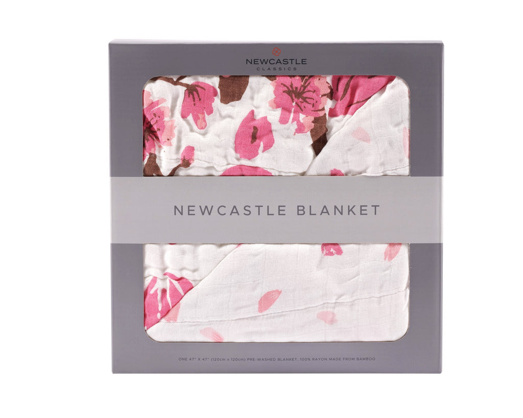 4 layer, 100% natural bamboo muslin material. With cherry blossom print.