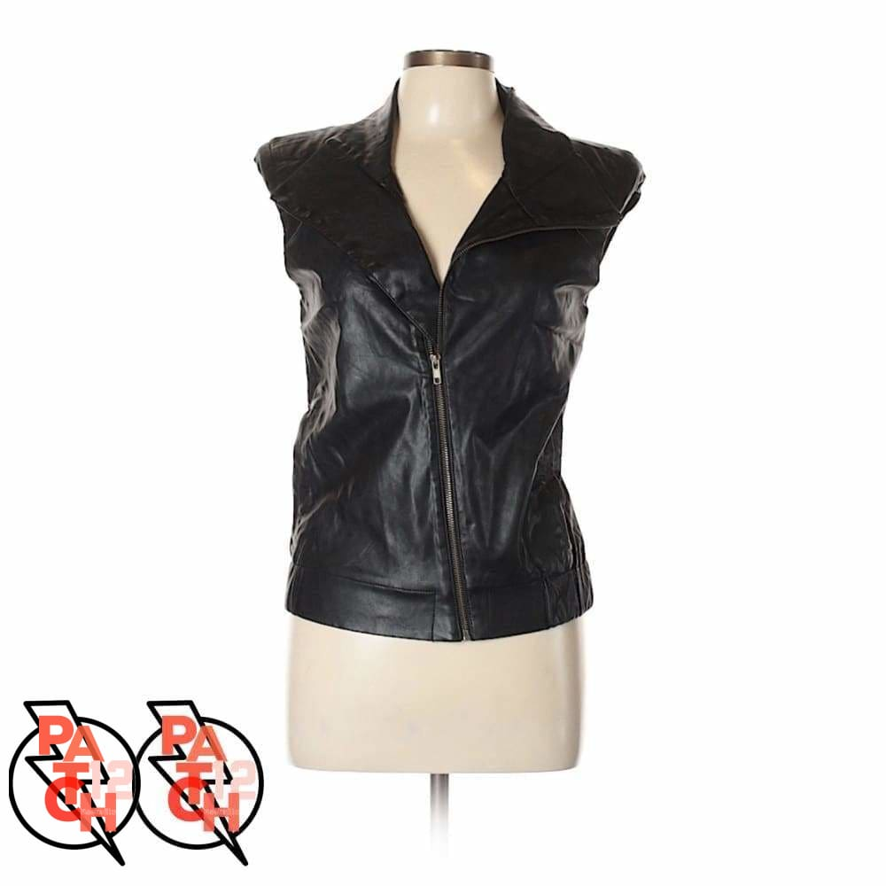Bike To Bar. Black Leather Fur Collar Vest Womens M. Customized Leather Jacket. Patch Jacket. Patchwork Leather Coat. Black Leather Vest -