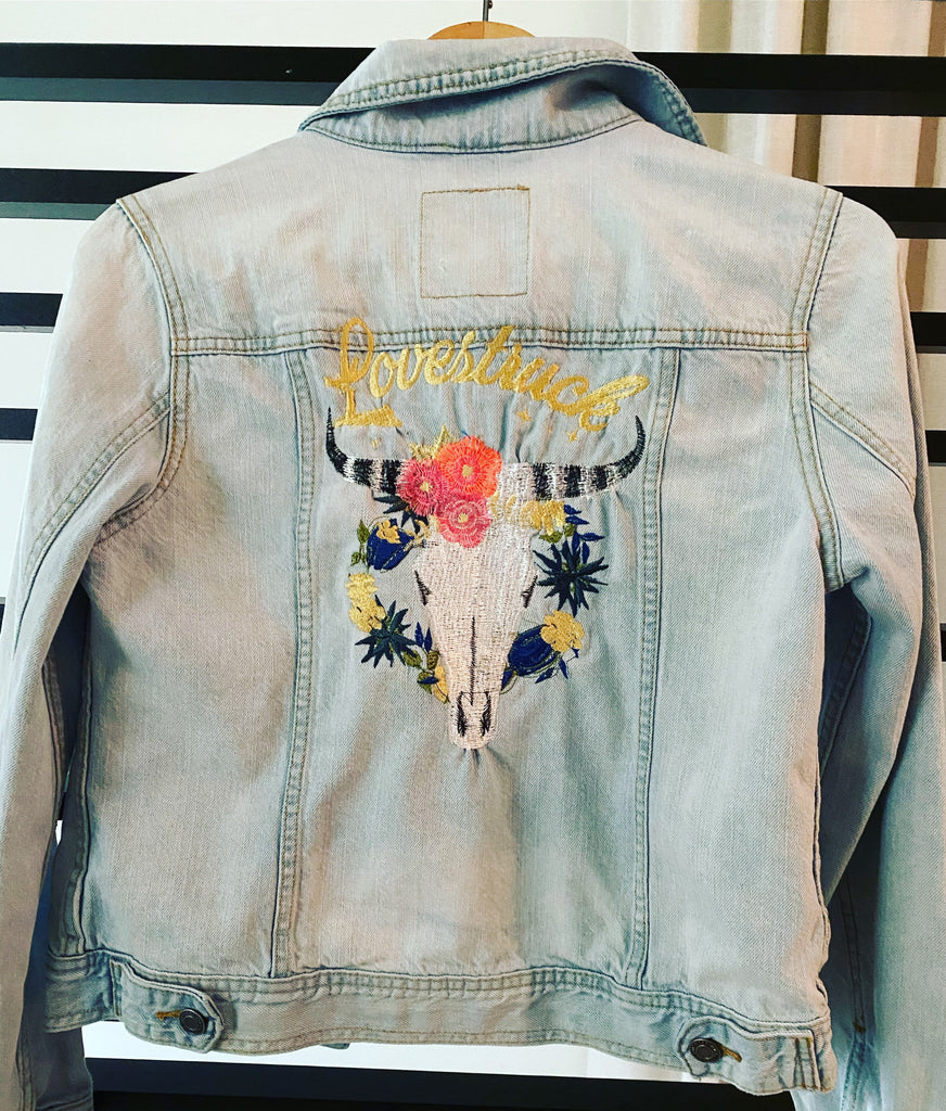 Lovestruck. Custom Embroidered Wedding Denim jacket, multiple sizes.   Bride Jacket. Personalized Bride Jean Jacket.