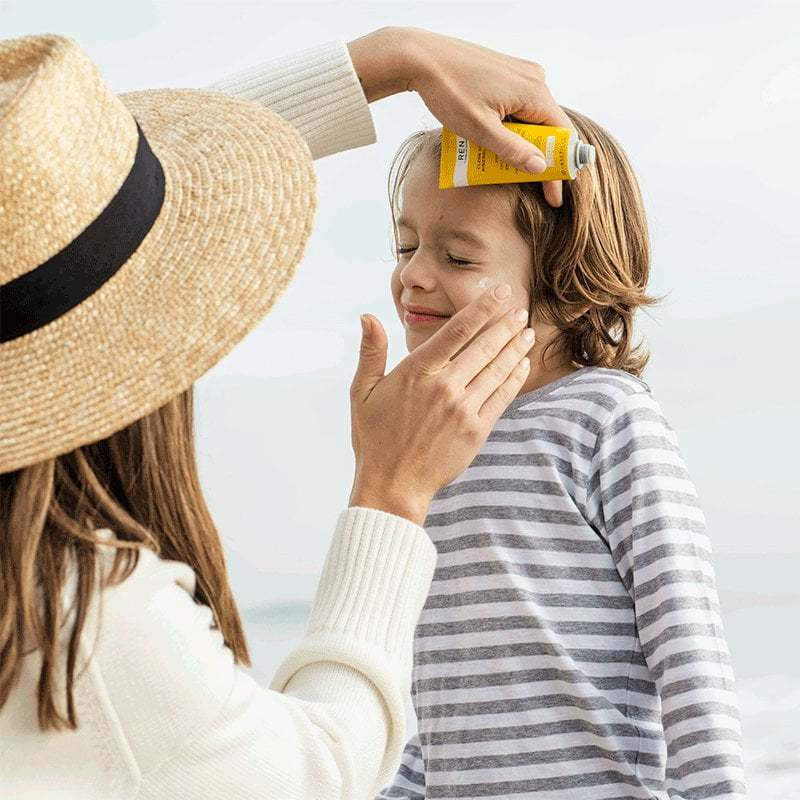 Our non-clogging, mattifying sunscreen.