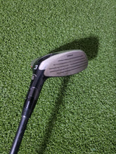 Callaway RAZR FIT 3 Wood, RH, + HC, Callaway W-60G Stiff Graphite Shaft -Good!
