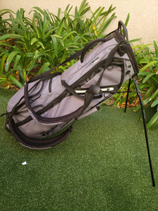 Taylormade - Flex Tech Lite - Golf 4 Way Stand Bag, Gray- Great Condition!