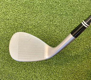 Cleveland 588-RTX 60* Wedge, RH, Action UltraLite 50 Women's Flex Graphite Shaft- Good Condition