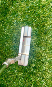 "Scotty Cameron Studio Stainless Newport 2 Putter, RH, 35"" with H/C & Divot Tool.  Excellent Condition!!!!"