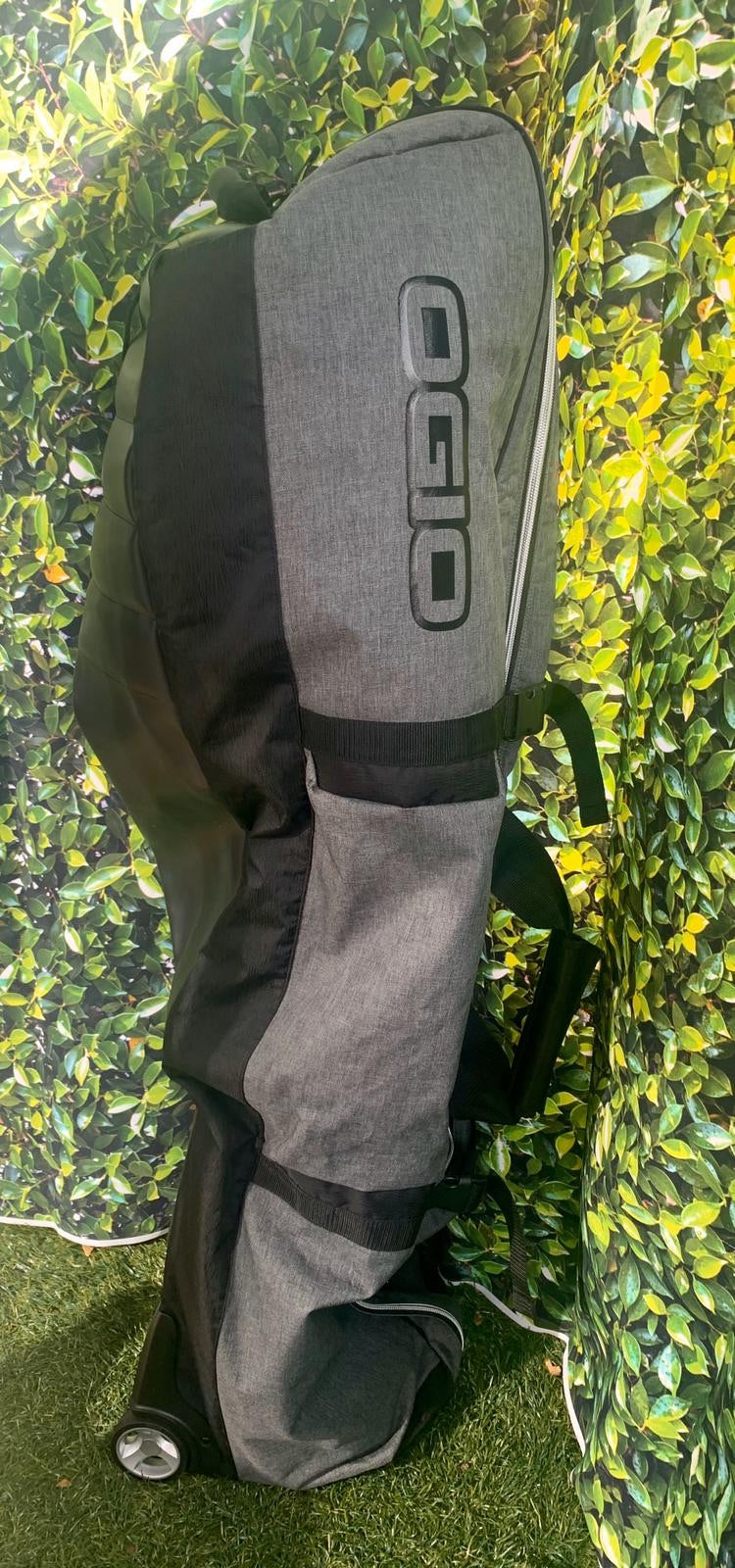Ogio 2018 Straight Jacket Travel Bag, Dark Static....Excellent Condition!!!