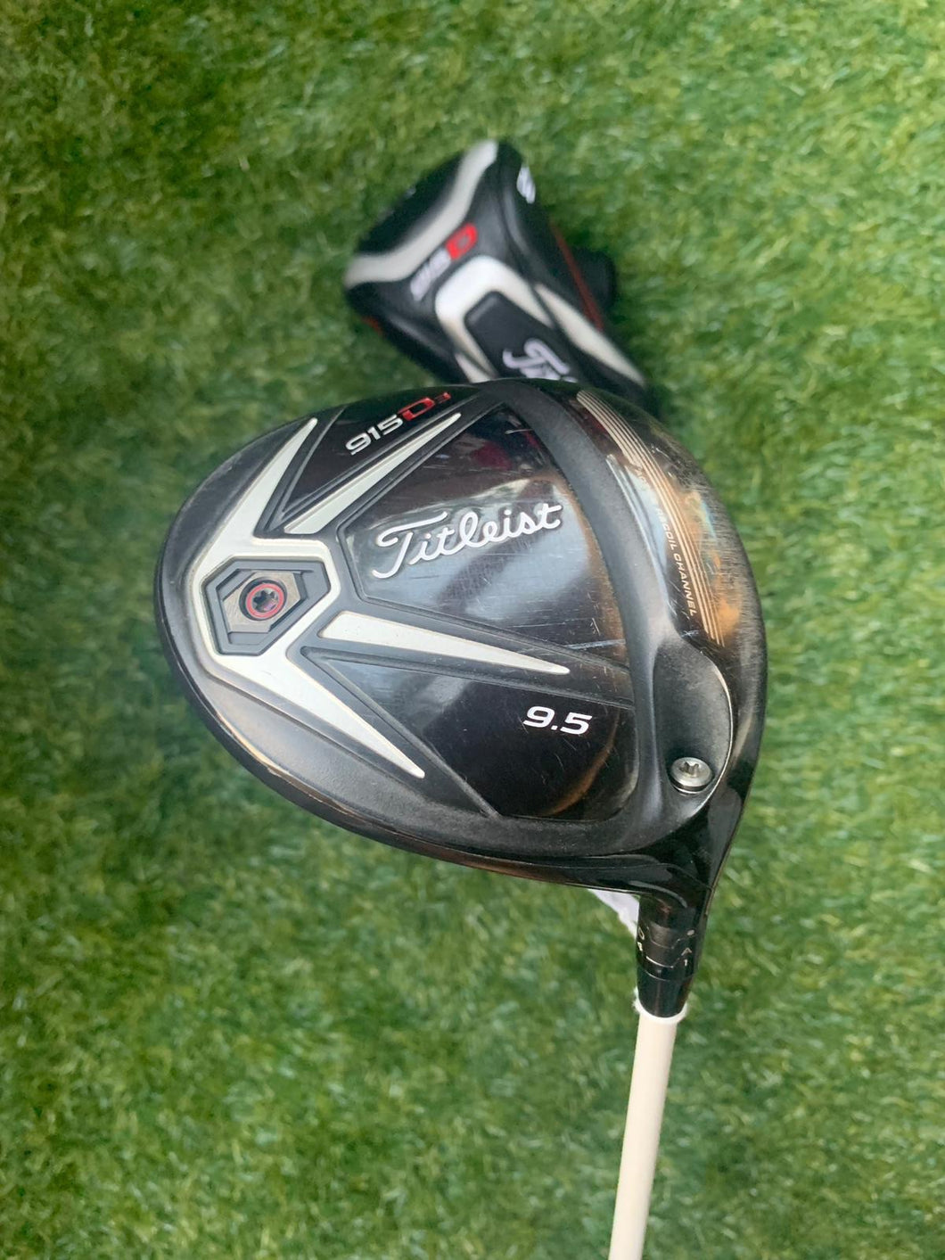 Titleist 915 D3 9.5* Driver, RH, Aldila Rogue 110 MSI Stiff Shaft- Very Nice Condition!!!