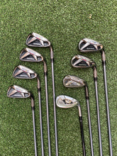 Complete Golf Set, TaylorMade Driver, Callaway 3 Wood, TaylorMade 4-PW Irons, TaylorMade SW, TaylorMade Putter, Lynx Bag, Nice!