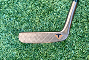 "Odyssey Toulon Garage Latrobe Putter, RH, 33"" With H/C... NEW!!!"