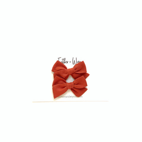 Solid Rust Mini Pigtail Bow Set