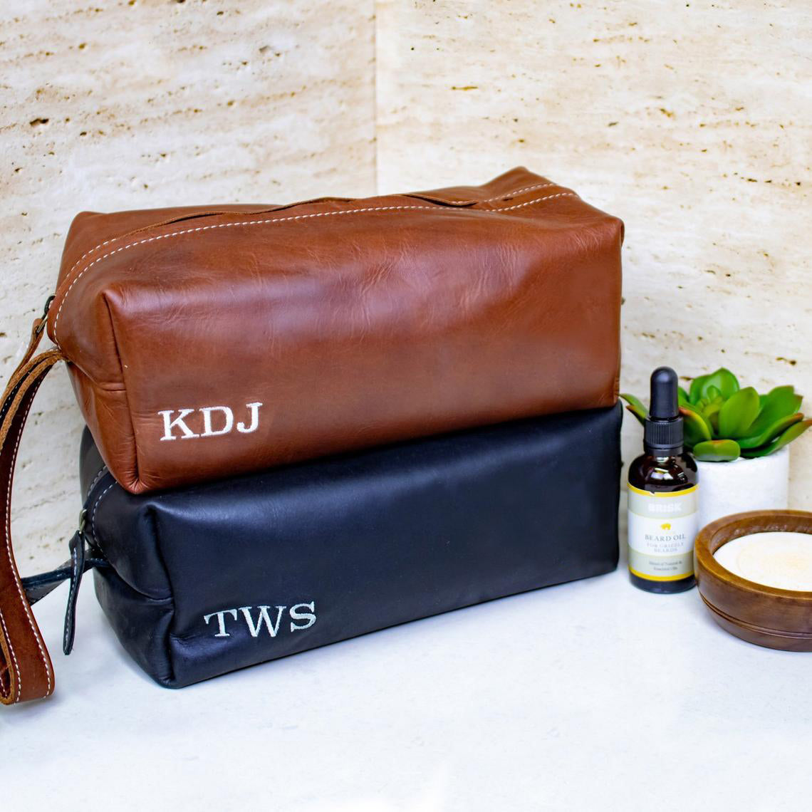 Groomsmen Giftset The Perfect Gift For Him - Wash Bag - BohoEntice