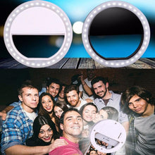 Portable LED Selfie Ring Light Clip - For The Minimalist Man