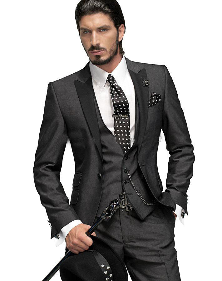 2017 Hot Sale Bespoke Men Suits Classic Slim Fit Black Wedding Dress Groom Tuxedos Prom Suits 3 Piece Men Wedding Suits 1