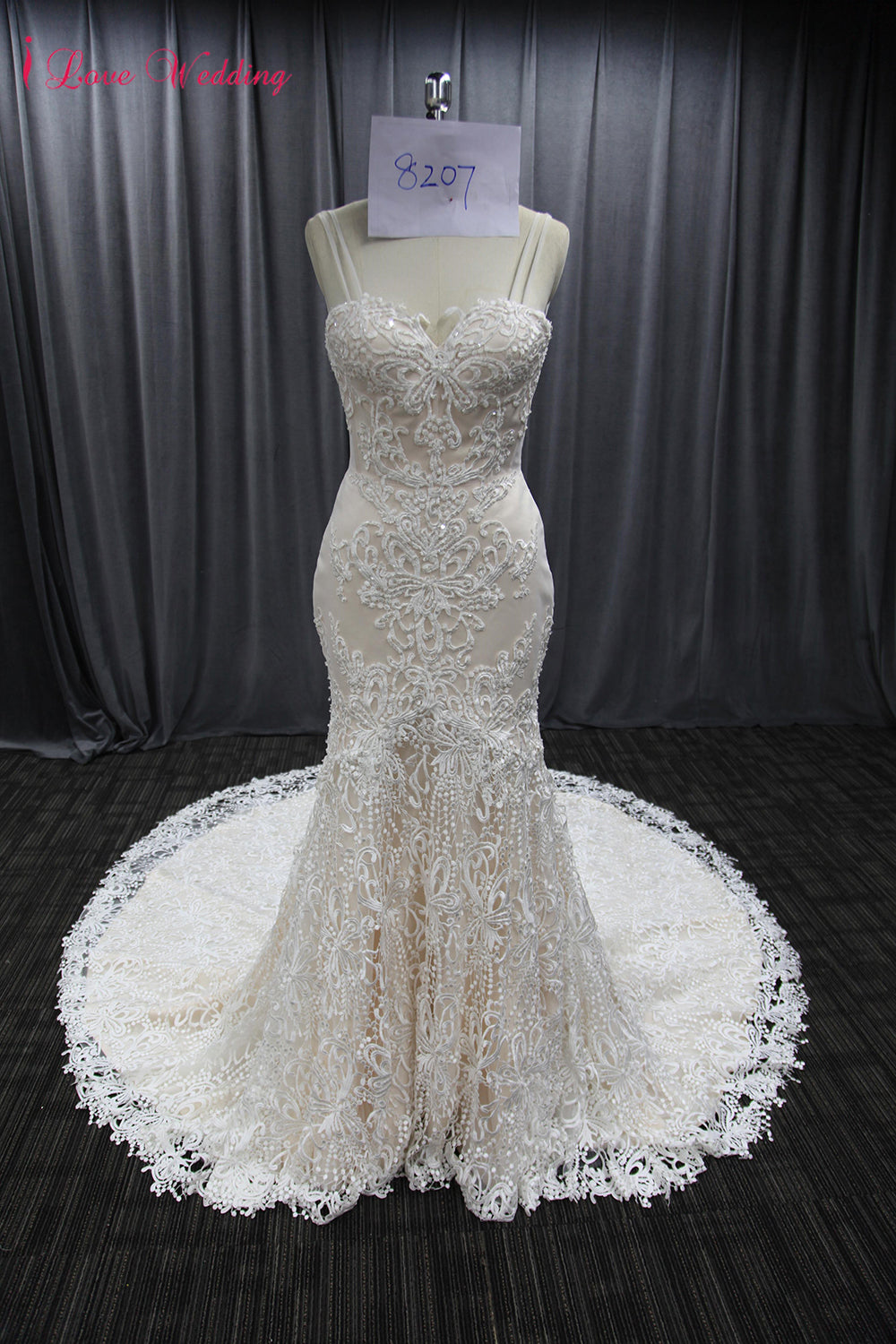 2018 vintage lace wedding gown sweetheart neckline sexy backless 2018 vintage lace wedding gown sweetheart neckline sexy backless bridal wedding dresses long train woman marriage junglespirit Images