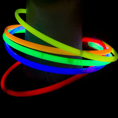 "Fun Central J6 100 Counts 22"" Premium Glow Stick Necklaces, Glow Necklaces Bulk-for Glow in the Dark Party, Birthday, Christmas, Concerts, Anniversary - Assorted Colors"